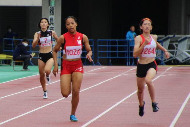 女子400m エドワード 永美